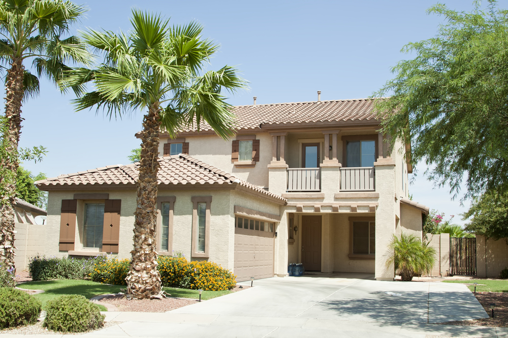Arizona home with landsacping